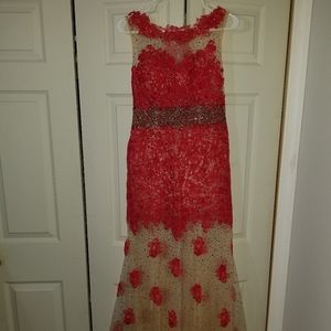 Dave & Johnny Red Nude Jeweled Prom Dress Size 3/4